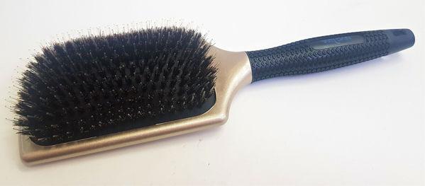 מברשת מטקה שיער טבעי זהב ידית שחורה